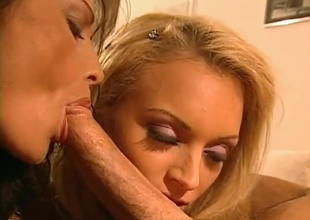 Peter scores big with a Blonde and Brunette. Includes lesbo, lots of penetration, blowjobs and double cumshot.