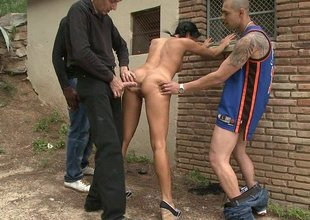 Lara Tanelli gets fucked in the ass, outside