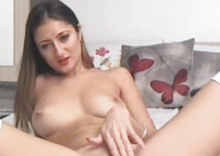 Sizzling Hot Coddle Playing Her Pussy
