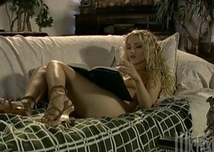 Curly haired tattooed blonde loves deepthroating and bushwa riding
