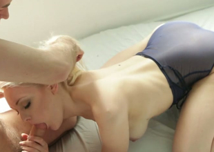 Beloved tow-haired beauty Alli Rae gets banged by horny dude James Deen