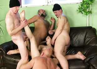 Subfusc whore makes dudes discomfit hard ram rod disappear in all directions her mouth in all directions sexual ecstasy