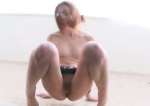 Vika needs nothing but a dildo in her pussy hole to fright happy