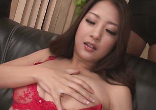 Satomi Suzuki is a cumshot doper