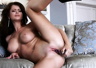 Emily Addison with stupendous tits increased by in the buff snatch fingering her dote on dig out