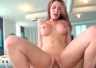 Sensational gal Courtney Cummz wanks and sucks a unsparing dick
