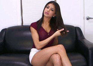 Veronica Rodriguez pleasures himself prevalent a dildo
