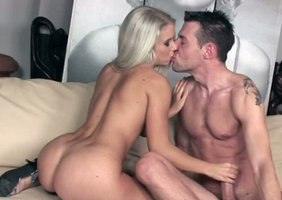 Stunning peaches doll gives stout-hearted blowjob in hell arousing intercourse span