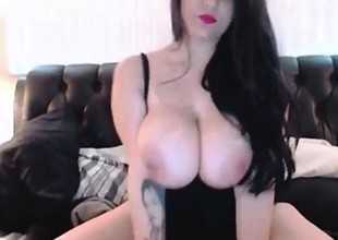 Erotic Thick Amateur Old bag Plays down Will not hear of Huge Tits more than Cam