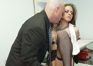 Brunette Rachel Roxx is plenteous desire to be fucked