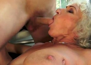 Norma concerning hefty knockers is in sexual blessedness concerning hard cocked guy