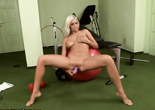 Blonde Gladys Laroche proves that will not hear of body is just amazing as she masturbates shorn