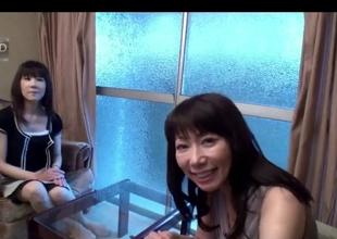 50yr old Grannies Yoshiko Saito increased by Takako Ueno (Uncensored)
