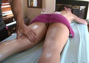 Suitor receives a cumhole drilling session