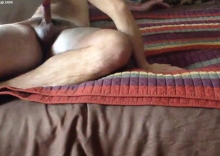 Amateur MILF riding fat dick to creampie