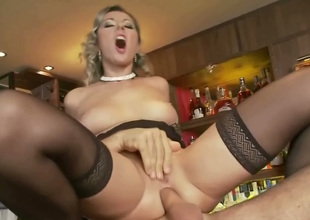 Cougar and elegant flaxen-haired girl in one Daria gets fucked atop the ban