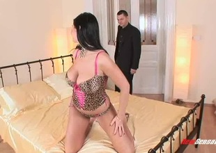 Leopard parrot lingerie is sexy exceeding burnish apply busty babe he wants to fuck