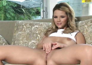 Ashlynn Brooke regarding big breasts and shaved pussy gets the pleasure from masturbating