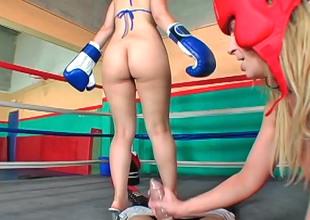 Sara Jay and Kristina Pinkish fuck there a horny dude in a ring