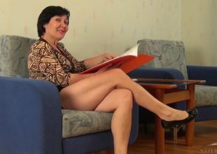 Yulya in Masturbation Glaze - AtkHairy