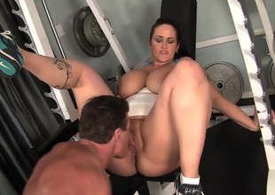 Hot Chunker Carmella Bing Railed Hard In Eradicate affect Gym