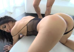 Fucking Veronica Rodriguez makes the Latina unshaded squirt