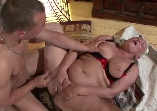Fat belly mature fucked in her deceiving vagina