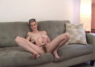 Tattooed blonde drilling will not hear of hairy pussy vehicle b resources a toy in unpaid hag