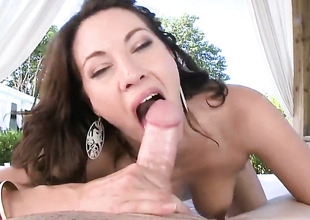 Breathtakingly erotic trull Dahlia Make a faux pas with bubbly butt body interracial exalt