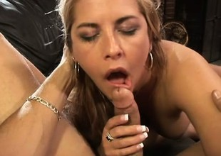 Big breasted MILF Jocelyn Stone is an capable at okay weasel words