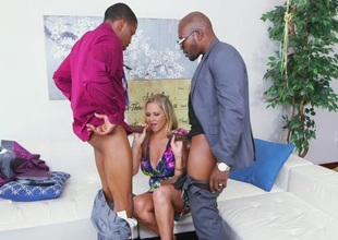 Julia Ann anent Julia Ann Wins Three Big Prizes - BlacksOnMoms