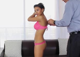 Surprising 20 years old Latina Josie Jagger
